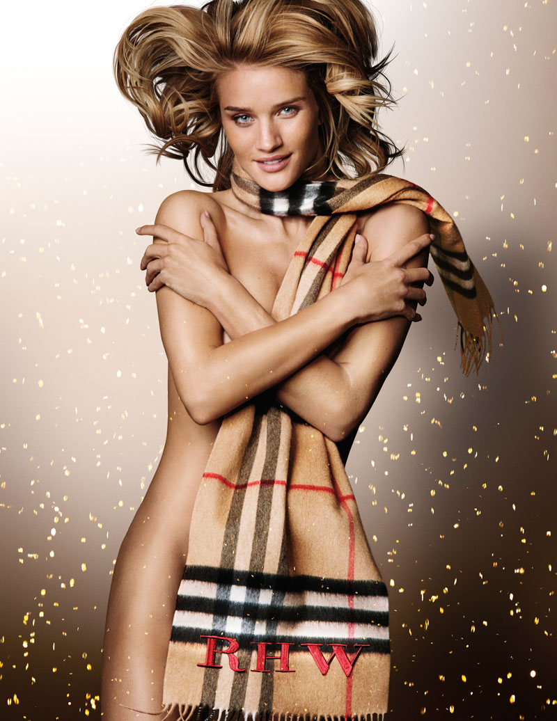 rosie-huntington-whiteley-burberry-naked-scarf.jpg
