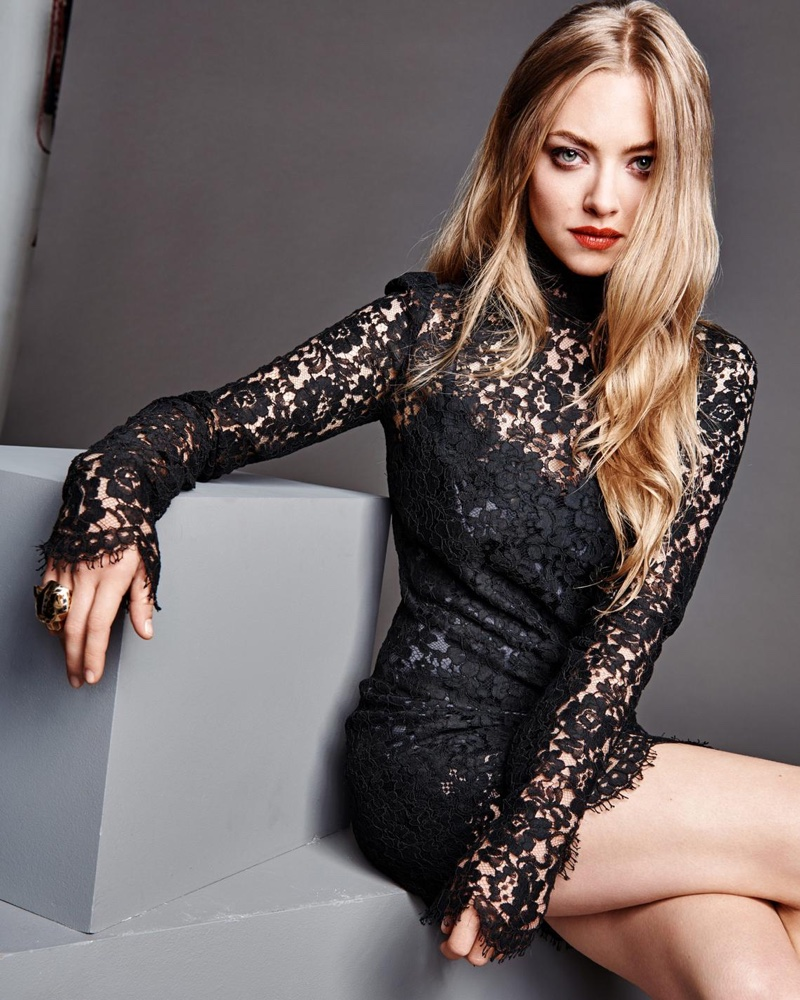 amanda-seyfried-madame-figaro-december-2015-photoshoot06.jpg